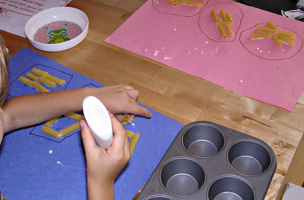 Preschool math and craft activity