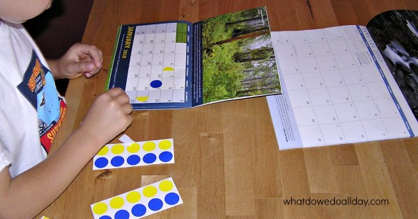 Moon phase activities for kids using a calendar. Great for preschoolers!
