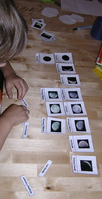 Montessori moon phase puzzle for kids