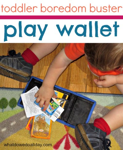 Genius way to keep toddlers busy: play wallet