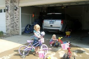 Friday Guest Post: Warm-Weather Outdoor Car Wash