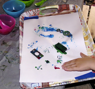 painting with magnet art project for kids