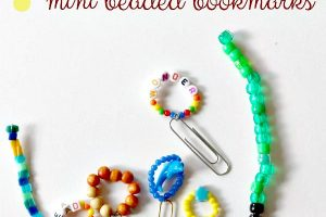 Diy mini bookmarks with beads and paperclips.