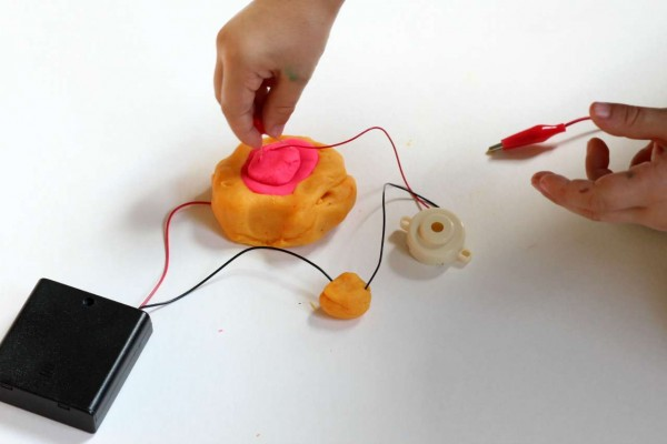 Squishy circuit kit from Technology Will Save Us