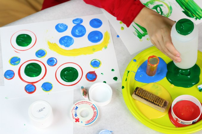 Recycled art project for kids. Make vibrant art.