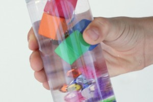 Science on the Go: Sink or Float Science Discovery Bottle