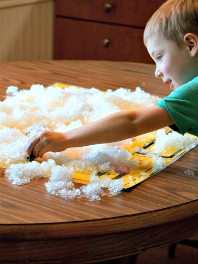 Real snow on Katy and the Big Snow activity play mat