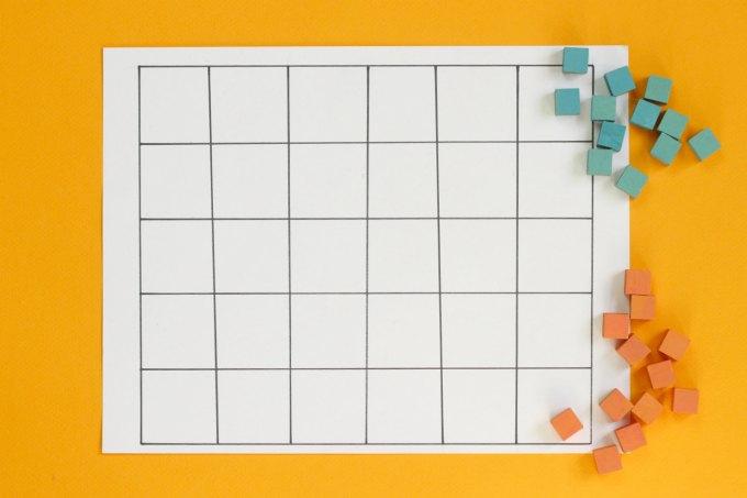 Dara game board and tokens