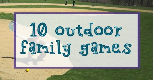 List of outdoor backyard family games for everyone.