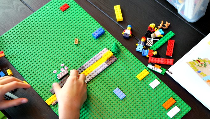 Building a LEGO board game