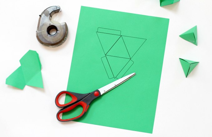Tetrahedron template and supplies