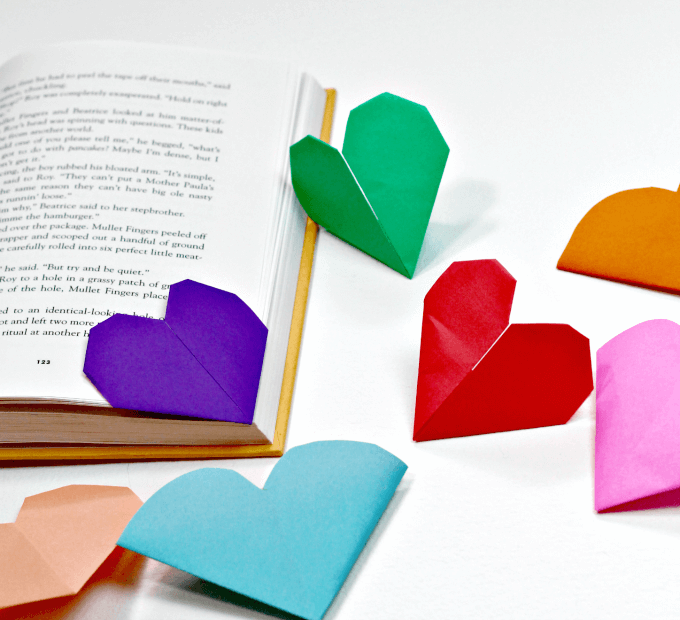 Two ways to fold origami heart bookmarks