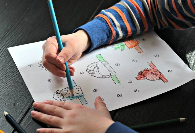 Coloring a spring finger puppet coloring page