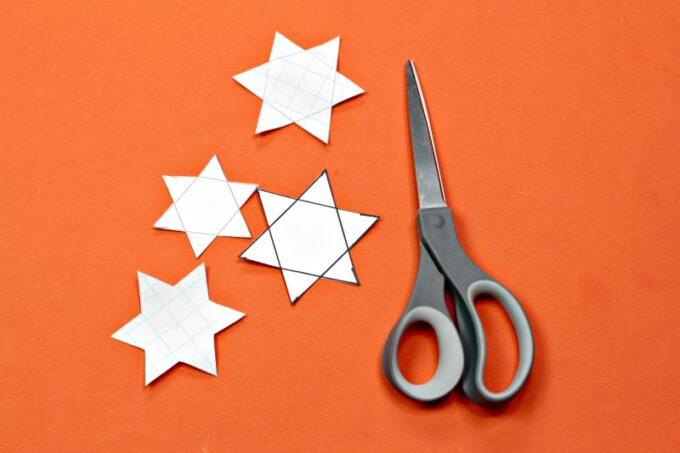 Scissors and paper stars