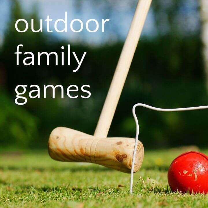 Croquet mallet with red ball and text outdoor family games